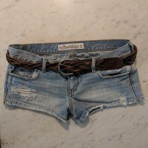 Hollister Distressed Denim Shorts and Leather Belt